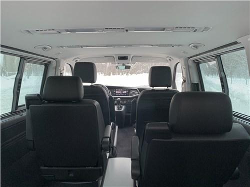 Volkswagen Multivan (2019) салон