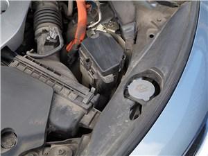 "Infiniti Q50S Hybrid 2013 ""под капотом"""