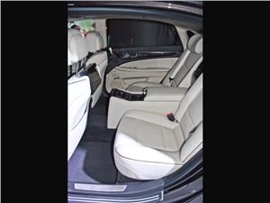 Hyundai Equus 2013 второй ряд
