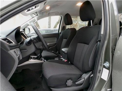 Fiat Fullback 2016 передние кресла
