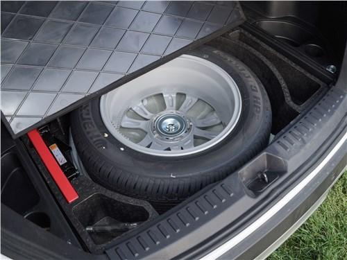 FAW Besturn X80 2018 запасное колесо