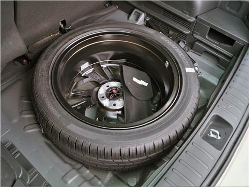 Hyundai Tucson 2019 запасное колесо