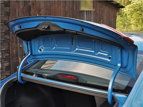 Hyundai Solaris 2020 крышка багажника