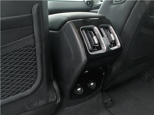 Kia Sorento (2021) отопление для второго ряда