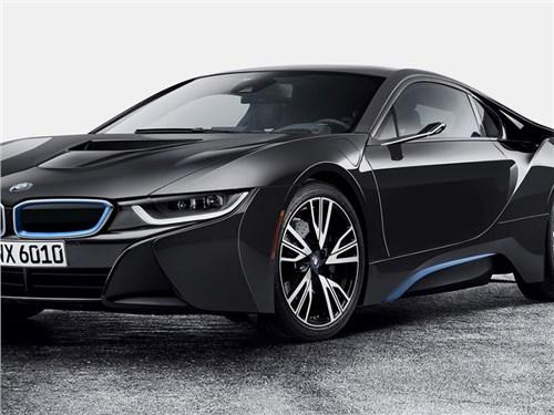 BMW заменит зеркала проекционными дисплеями