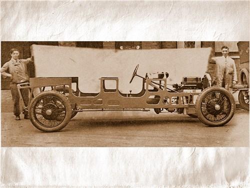 Именно так выглядел несущий кузов Lancia Lambda, 1922 г.