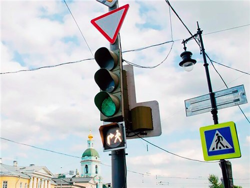 На дорогах столицы появились новые светофоры