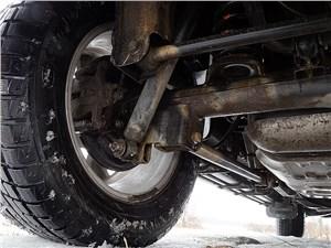 Chevrolet Trailblazer 2012 задняя зависимая пятирычажная подвеска