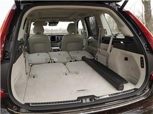 Volvo XC90 2015 багажное отделение