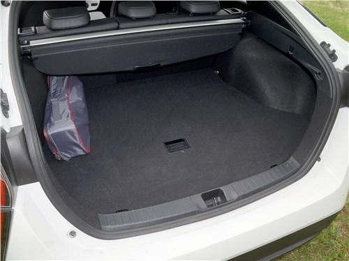 Предпросмотр toyota prius 2016 багажное отделение