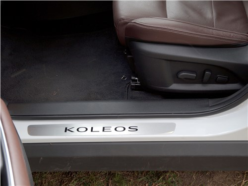 Предпросмотр renault koleos 2017 передние кресла