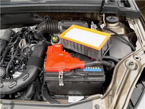 Renault Arkana 2020 моторный отсек