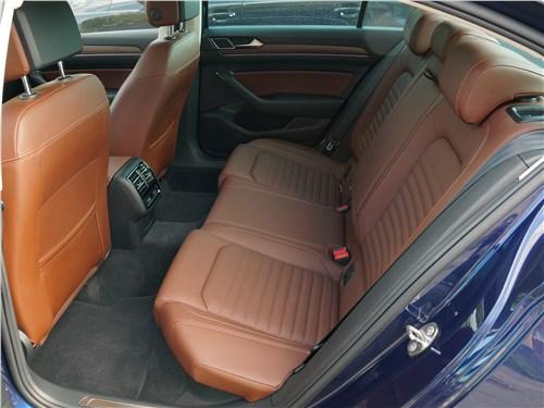 Volkswagen Passat 2015 задний диван