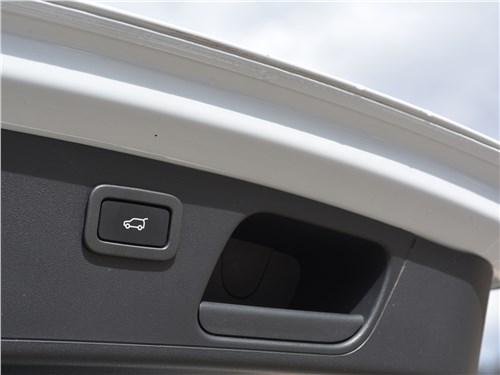 Предпросмотр jaguar e-pace (2018) крышка багажника