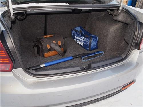 Volkswagen Polo GT 2016 багажное отделение