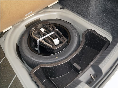 Volkswagen Polo Sedan 2016 запасное колесо