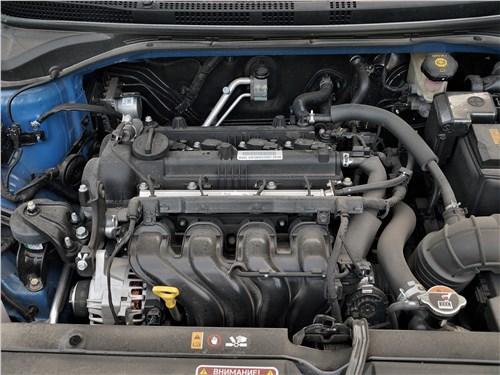 Hyundai Solaris 2020 моторный отсек