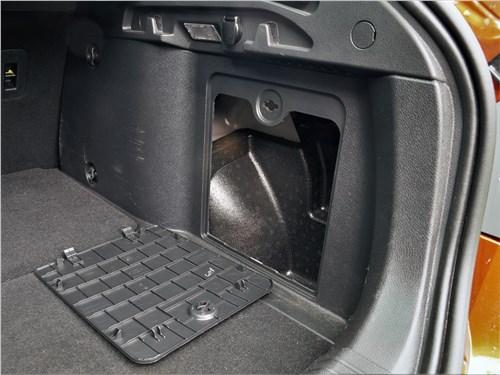 Lada Vesta SW Cross 2018 багажное отделение