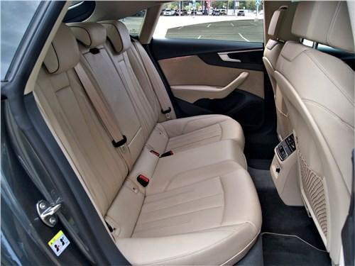 Audi A5 Sportback 2020 задний диван