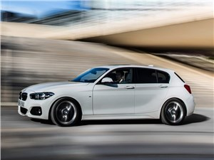 BMW 1-Series 5-doors 2016 вид сбоку