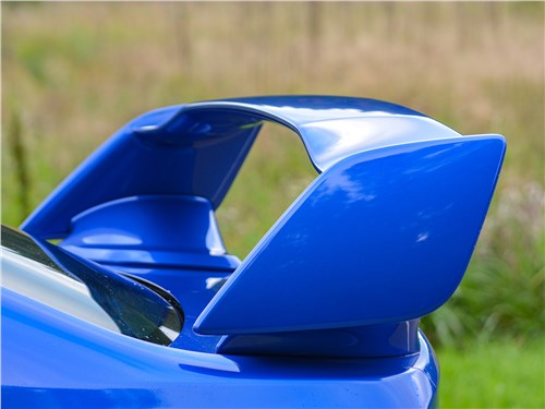 Subaru WRX STI (2018) антикрыло
