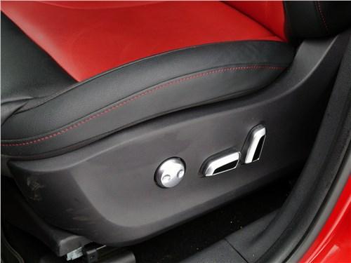Предпросмотр haval h2 2014 кресло водителя