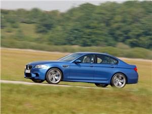 BMW M5 -