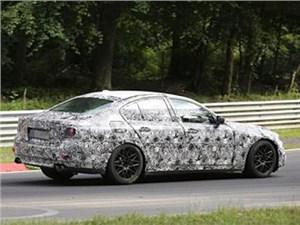 На трассе Нюрбургринг испытывают прототип нового поколения BMW М5