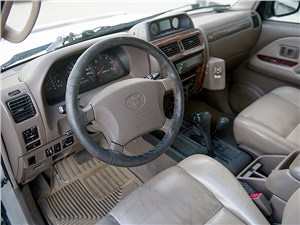 Toyota Land Cruiser Prado 2001 салон