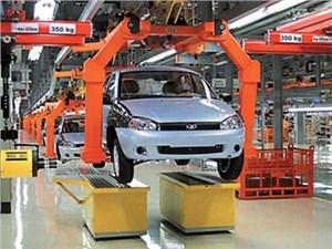 Объемы производства автомобилей в России падают, хотя и не так быстро, как рынок