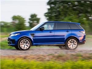 Битва за трон Range Rover Sport - Land Rover Range Rover Sport SVR 2015 вид сбоку