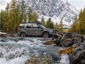 Land Rover Discovery на Алтае