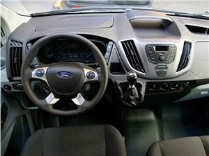Предпросмотр ford transit 2015 водительское место
