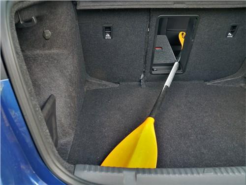 Skoda Rapid 2020 багажное отделение