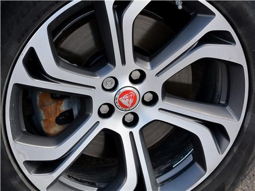 Предпросмотр jaguar e-pace (2018) колесо