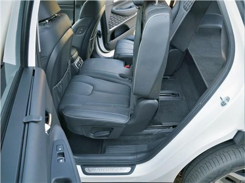 Hyundai Santa Fe (2021) задний диван