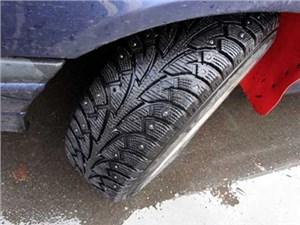 В РФ вступил в силу закон о зимних и летних шинах