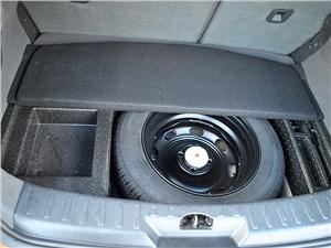 Предпросмотр dfm h30 cross 2015 багажное отделение