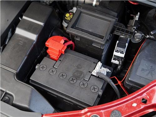 Lada XRay 2015 аккумулятор