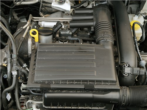 Volkswagen Polo GT 2016 двигатель