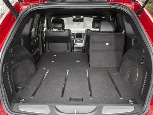 Jeep Grand Cherokee 2013 багажное отделение