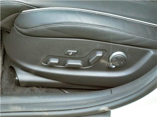 Genesis G80 (2021) передние кресла