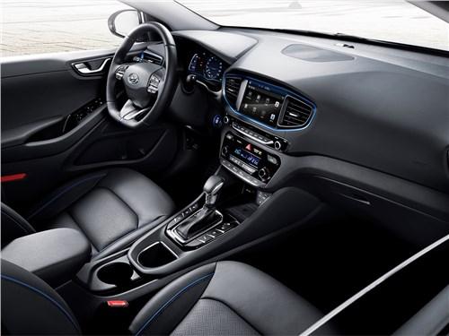 Hyundai Ioniq 2016 салон