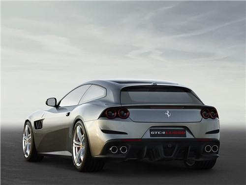 Ferrari GTC4 Lusso 2016 вид сзади