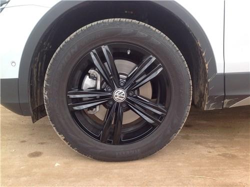 Volkswagen Tiguan 2017 колесо