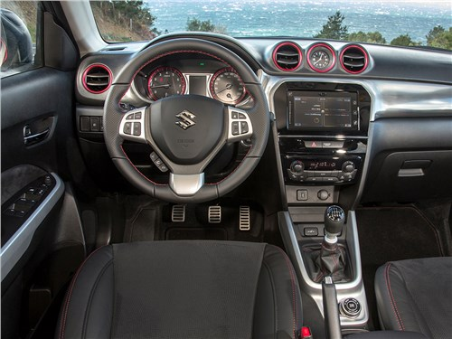 Suzuki Vitara S 2016 салон