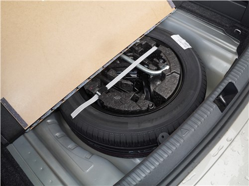 Skoda Octavia 2017 запасное колесо