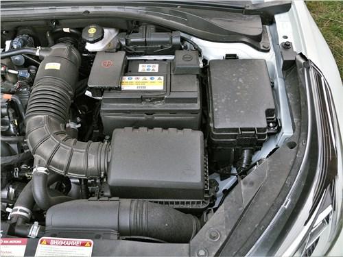 Kia XCeed 2020 моторный отсек