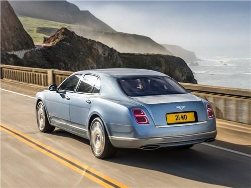 Bentley Mulsanne 2017 вид сзади