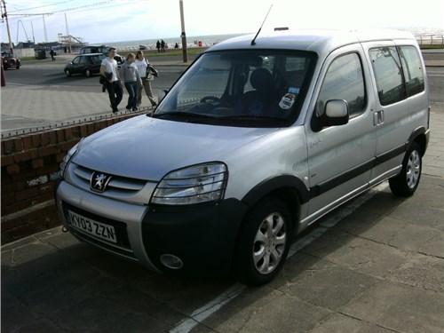 Новость про Peugeot Partner - Peugeot выводит на российский рынок новые модификации фургона Partner